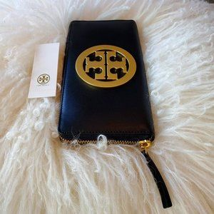 NEW Tory Burch Charlie Logo Continental Wallet